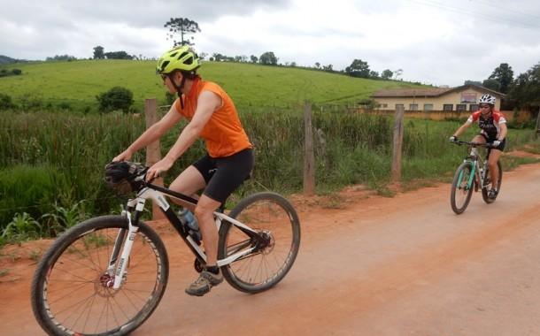 Vídeo reportagem Bike é Legal da Travessia Pedra Bela a Socorro
