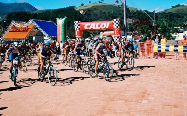 Power Biker Passa Quatro 2002 - Melhores Momentos