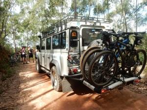 Land Rover de Apoio