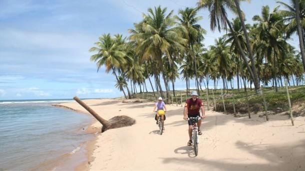 Praias do Norte da Bahia - Costa dos Coqueiros
