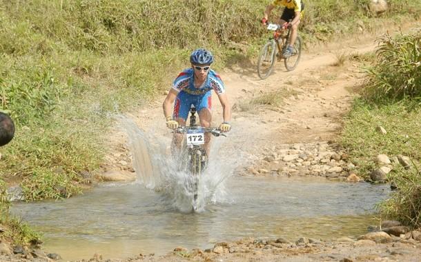 Power Biker- Passa Quatro 2004