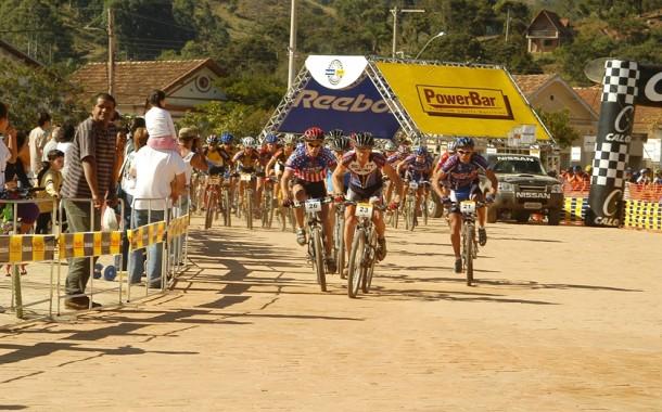 Power Biker - Melhores Momentos em Passa Quatro 2003