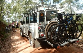Regras para transporte da bike na traseira do carro