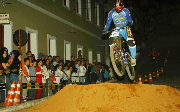 Fast Down Hill - Passa Quatro 2003
